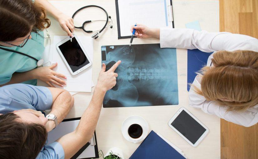 Osteopatia to medycyna niekonwencjonalna ,które błyskawicznie się kształtuje i wspiera z kłopotami zdrowotnymi w odziałe w Krakowie.